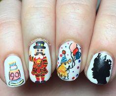 Right Royal CK-inspired nail art from @hannah_nails_it | Cath Kidston |