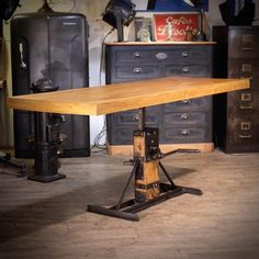 Deco Design, Info, Toulouse, Drafting Desk, Table, Furniture, Home Decor, Industrial Salon, Vintage Industrial