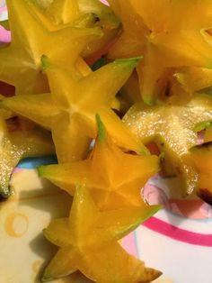 Taya's Kitchen: Tropical Starfruit Smoothie