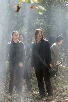 7x15 ~ Something They Need ~ Daryl, Jesus, Beatrice and Kathy wallpaper in The Walking Dead Club