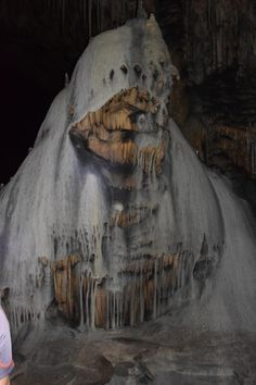 Slaughter Canyon Cave (Carlsbad Caverns National Park) heavens, this is creepy
