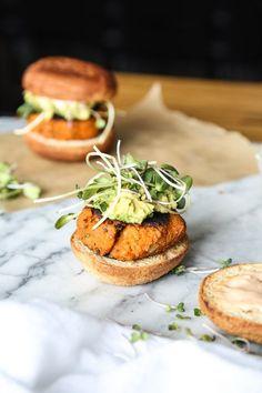 Paleo Cauliflower Sweet Potato Burger Recipe with Avocado, Sprouts, and Sriracha Aioli | Vegetarian Paleo, Gluten-Free, Healthy, Grain-Free | Feed Me Phoebe