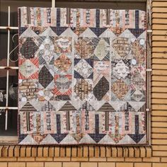 Red Rooster Quilts: Shop | Category: Patterns - Download for FREE | Product: Going My Way Downloadable Quilt Pattern
