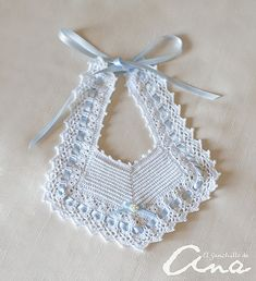 38 Ideas Crochet Baby Gifts Girl Diaper Covers For 2019 Crochet Baby Bibs, Crochet Baby Sandals, Crochet Headband Pattern, Crochet Baby Clothes, Baby Blanket Crochet, Crochet For Kids, Hand Crochet, Cotton Crochet, Crochet Gifts