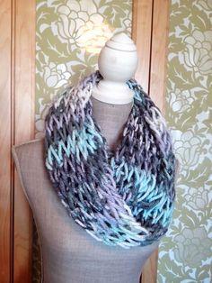 collar / scarf hand made  by Da minha Mami