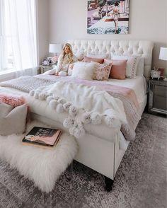 Pink bedroom decor - 91 cozy home decorating ideas for girls bedroom 81 Dream Rooms, Dream Bedroom, Home Bedroom, Girls Bedroom, Teenage Bedrooms, Bedroom Furniture, Deco Furniture, Bedroom Apartment, Furniture Plans