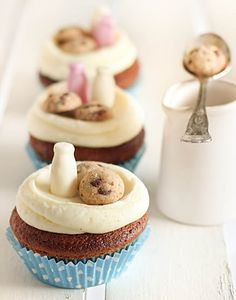 Milk & Chocolate Chip Cookie Cupcakes Are these the most darling things you ever saw???
