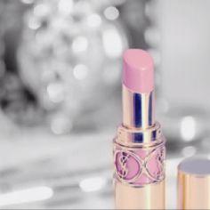 Pastel pink lips