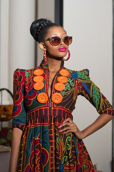 Love the buttons! #africanfashion #africanprints