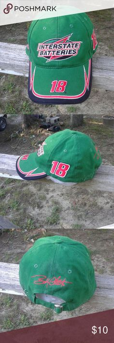 Interstate Batteries #18 men's cap This is a used Chase Interstate Batteries #18 Bobby Labonte racing men's baseball cap. It is Green,black, red and white. It has a adjustable strap on the back of the cap. .it is in good used condition. Please view the pictures and if you have any questions please ask. chase  Accessories Hats