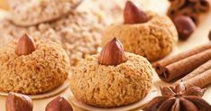 Fırından yeni çıkmış lezzetli bir fındıklı kurabiye tarifimiz var. Geri çevirmeyip, siz de sevdikleriniz için kıyır kıyır bir kurabiye hazırlayabilirsiniz.