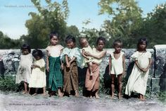 """""""Group of young Filipino children, possibly Iloilo City, Philippines, August, Photographer: Burr McIntosh The Smithsonian's Museums of Asian Art @ John Tewell Colorized by E. Iloilo City, Filipiniana Dress, Asian History, Asian Art, How To Look Pretty, Retro Fashion, Women's Fashion, Old Photos, Philippines"""
