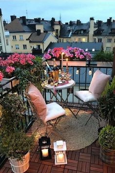 Whether you reside in an apartment with a little balcony or you live in a house with a compact second floor outdoor space. Third, you're ready to use the balcony to create your house more fascinating Small Balcony Design, Tiny Balcony, Small Terrace, Small Balcony Decor, Outdoor Balcony, Outdoor Decor, Balcony Ideas, Balcony House, Small Balconies