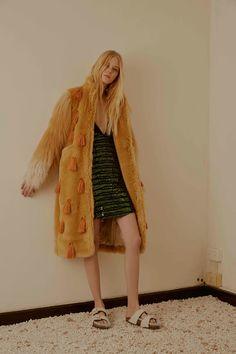 Au Jour Le Jour Pre-Fall 2016 Collection - Vogue