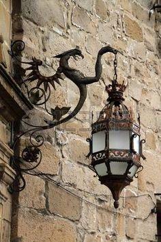 Laterne machte in der Schaffung von – Spain mi España I - LAMPE Art Et Design, Deco Design, Lantern Lamp, Candle Lanterns, Art Du Monde, 3d Modelle, How To Make Lanterns, Gothic Home Decor, Gothic House