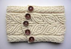 Ravelry: Rowan Cowl pattern by Dagmar Mora.