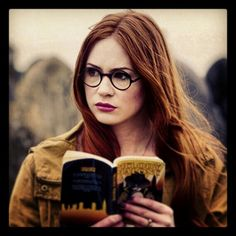 Just the other day I went looking for a new pair of glasses. I showed this photo around, in case they had something like the ones Amy Pond was wearing. Match: zero. Oh well.