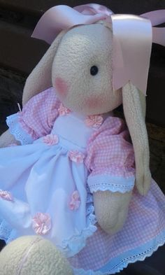 Baby Annabell, Fun Crafts, Diy And Crafts, Diy Teddy Bear, Sock Bunny, Memory Crafts, Rabbit Toys, Toy Boxes, Fabric Dolls