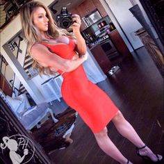 sexy-girls-in-tight-dresses-25