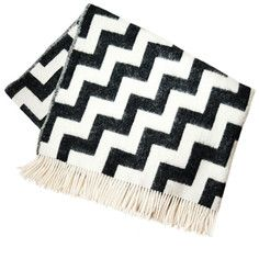 Gunnel Throw Black White, 145€, now featured on Fab.