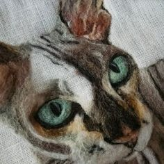 This needle cat portrait is made on linen fabric from wool. To order a felt.,This needle cat portrait is made on linen fabric from wool. To order a felted pet portrait - send good quality photo your pet. Needle Felted Cat, Needle Felted Animals, Felt Animals, Wet Felting, Sleeping Fox, Felt Animal Patterns, Doll Patterns, Pet Loss Gifts, Needle Felting Tutorials