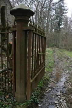 Entrance gates to Haddo House, Inverkeithny, Aberdeenshire, Scotland. The main house has been empty for 70 years. Old Abandoned Buildings, Abandoned Mansions, Derelict Places, Abandoned Places, Beautiful Ruins, Beautiful Places, Entrance Gates, Maine House, Garden Gates