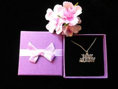 What a cute little silver pendant for Mother's Day! #giftsformum, #mothersdaygifts