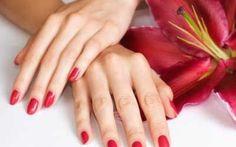 Hai le unghie fragili? Scopri come ripararle. Soffri di onicofagia e tutte le volte che cerchi di far crescere le tue unghie sono f unghie unghie fragili rafforzare unghie