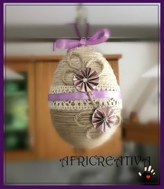 Jute Crafts, Diy Crafts, Coloring Easter Eggs, Diy Easter Decorations, Egg Art, Crochet Patterns For Beginners, Learn To Crochet, Spring Crafts, Hand Crochet