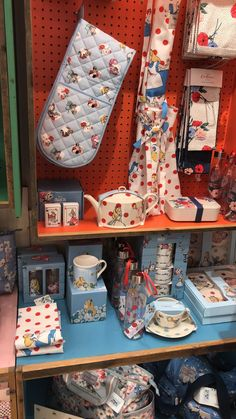 The Alice In Wonderland Cath Kidston Collection Is Even Lovelier In Person!