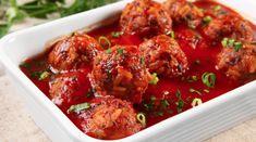 Γιουβαρλάκια κοκκινιστά   Συνταγές - Sintayes.gr Guisado, Tandoori Chicken, Chicken Wings, Meat, Cooking, Ethnic Recipes, Food, 1, Google