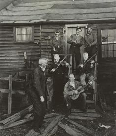 Anthracite coal miners in Schuylkill County, PA near Newkirk Tunnel Mine. Photo by George Korson (1946)