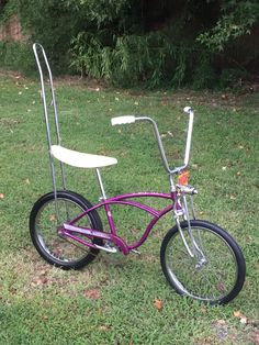 pretty rare frame in opal violet with schwinn super deluxe springer and schwinn accessorie sissy bar rear slik dated quarter of 1964 Vintage Bmx Bikes, Vintage Cycles, Old Bikes, Old Bicycle, Bicycle Girl, Banana Seat Bike, Lowrider Bicycle, Antique Bicycles, Bike Illustration