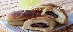 çikolatalıpoğaça    http://www.mutfakteyze.com/hamur-isleri/pogacatarifleri/cikolatali-pogaca-tarifi.html