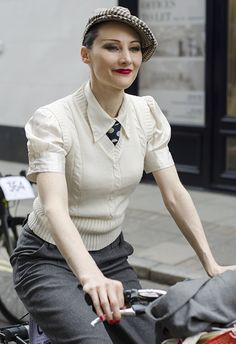 Untitled (a woman taking part in the Tweed Run 2014)