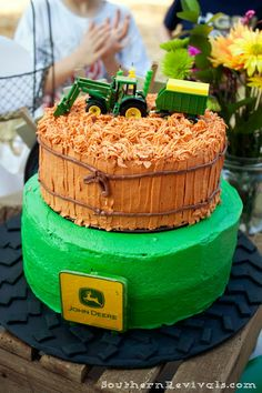 Southern Revivals: Our Country Fair Birthday Party #JohnDeere Birthday Cake