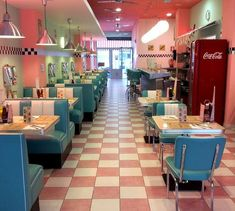 Café Retro, Retro Cafe, 50s Diner, Vintage Diner, Diner Aesthetic, Aesthetic Vintage, Diner Decor, American Diner, Bungalow House Design