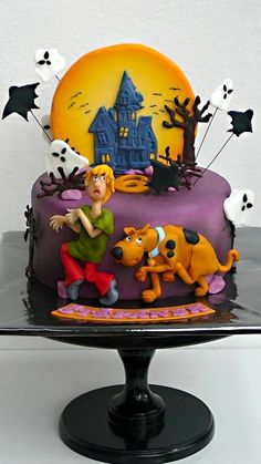 Scooby Doo Cake - anything can be made vegan, so this cake is one of my dream cakes ✌️