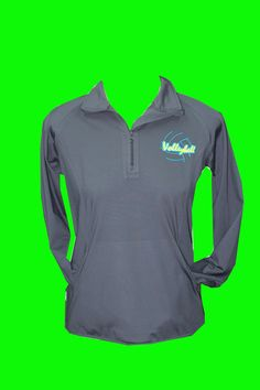 This female cut, charcoal fleece lined performance top is great for staying warm in the gym or for an outdoor workout. Extra stretchy, fleece lined, and features sport moisture wicking technology. Volleyball Warm Ups, Usa Volleyball, Volleyball Outfits, Volleyball Shirts, Softball Mom, Volleyball Players, Athletic Outfits, Sport Outfits, Sweat Workout