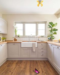 How much does a kitchen cost? What about labour?   Fifi McGee   Interior Blogger, UK  <br> Kitchen Cost, Kitchen Layout, Kitchen Decor, Farmhouse Sink Kitchen, Diy Kitchen, Kitchen Ideas, Study Interior Design, Interior Design Kitchen, Rustic Kitchen Design