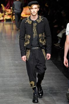 Flight navigator on an Imperial airship... more steampunk-ery... Dolce & Gabbana, Milan 2012...
