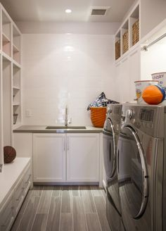 """Receive wonderful ideas on """"laundry room stackable washer and dryer"""". Receive wonderful ideas on """"laundry room stackable washer and dryer"""". They are accessible for y Basement Laundry, Laundry Room Organization, Laundry Closet, Laundry Rooms, Mud Rooms, Laundry Decor, Guest Rooms, Stackable Washer And Dryer, Small Laundry"""