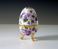 Vintage+Porcelain+Trinket+Box | Vintage Porcelain Egg, Trinket Box, Hinged Keepsake Holder, Purple ...