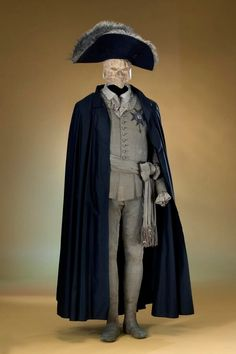The costume Gustav III of Sweden wore during the masquerade ball where he was shot and fatally wounded, March 1792 18th Century Clothing, 18th Century Fashion, Masquerade Dresses, Masquerade Ball, Vintage Outfits, Vintage Fashion, Mens Cape, Court Dresses, Looks Vintage
