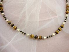 Tigerauge Pearl Necklace, Beaded Bracelets, Pearls, Chain, Jewelry, Fashion, Black Pearls, Eyes, Do Crafts