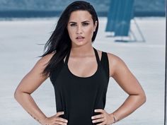 Thanks For Solving This Major Leggings Pet Peeve, Demi Lovato via @WhoWhatWearUK