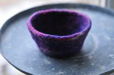 moments of perfect clarity: felt bowl tutorial