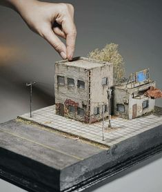 Scale Models, Vignettes, Decorative Boxes, Workshop, Miniatures, Queen, Artist, Instagram, Home Decor