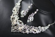 Barona Swarovski crystal and pearl bridal necklace and earrings set