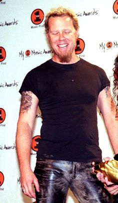 James Hetfield  2000 what a smile!!